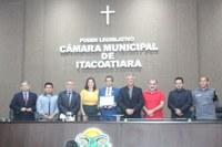 DEPUTADO JOÃO LUIZ RECEBE TÍTULO DE CIDADÃO ITACOATIARENSE